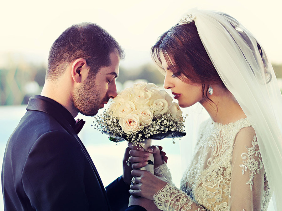 Foto, video, emozioni… anche il giorno del matrimonio è condiviso da tutti su Internet