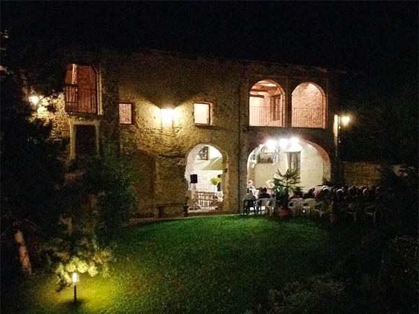 L'affitto della location Cascina Berzide nei giorni feriali e fuori stagione è a partire da soli 1000 euro