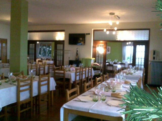 Billy Bau Bar & Restaurant