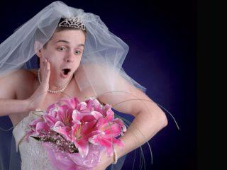 Ecco perchè gli scherzi degli amici renderanno il vostro matrimonio un simpatico giorno da ricordare