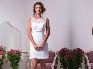 "Spose over 40? Abito da sposa e consigli per un outfit nuziale perfetto poichè ""Forty is the new Thirty"""