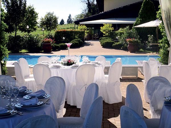 Prenotando il banchetto di nozze a La Locanda del Commercio per gli sposi in omaggio la cena di prova