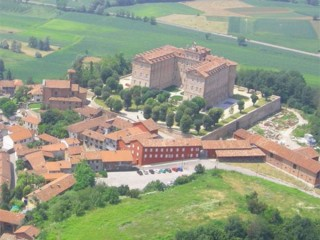 ' .  addslashes(Castello di Montaldo) . '