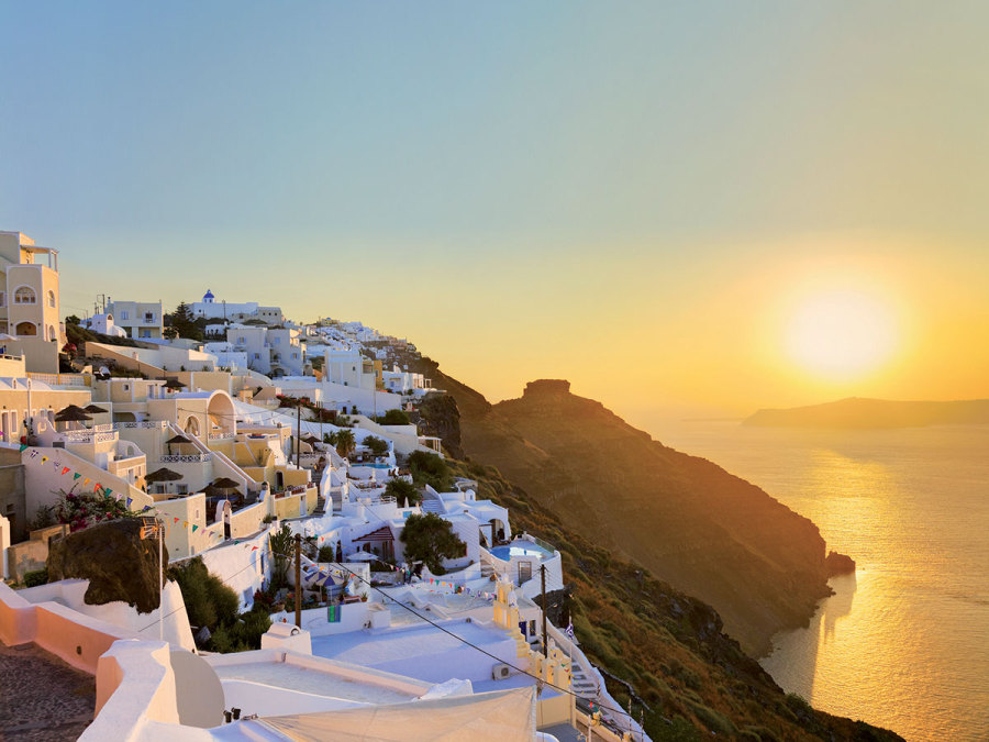 Tramonti infuocati: le isole greche accendono la vostra luna di miele