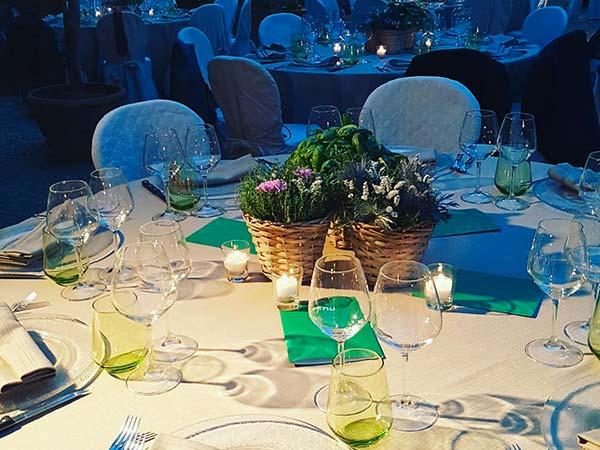 I menù nuziali feriali proposti da Le Cirque Firenze per le vostre nozze partono da 40 euro