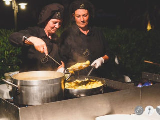 ' .  addslashes(Bonelli Catering) . '