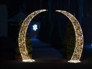 Scegliendo gli allestimenti di Giorni Felici il vostro matrimonio a tema natalizio sarà più luminoso