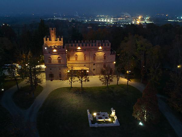 I sabati di maggio e le domeniche disponibili costano meno a Villa Bice Maranello