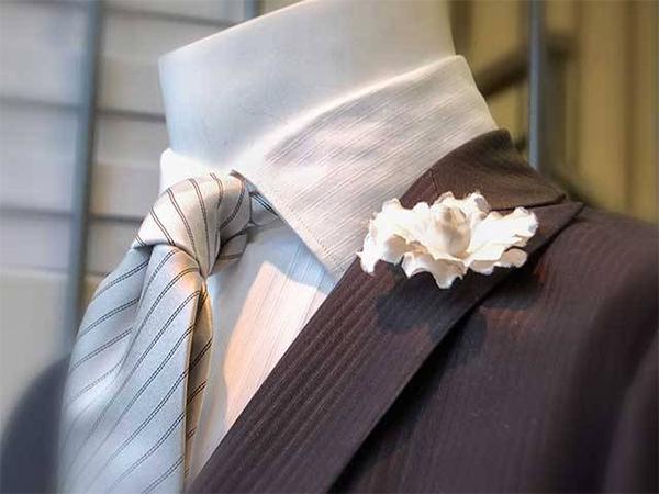 Scegli il tuo abito da sposo da Ettore Confezioni con il pacchetto completo a un prezzo straordinario