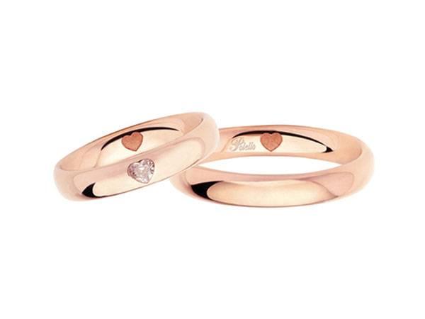 Tutti i futuri sposi potranno avere un diamante in omaggio acquistando da Aurum Preziosi le fedi nuziali Polello