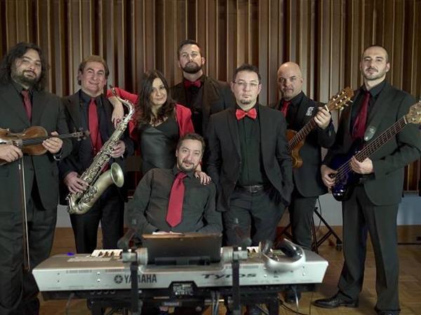 Sconto del 10% sull\'intrattenimento musicale delle nozze per tutti gli sposi che scelgono Take Care Band