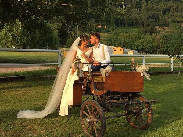 Eventi a Ferro di Cavallo offre agli sposi il servizio di organizzazione eventi a un vantaggioso prezzo