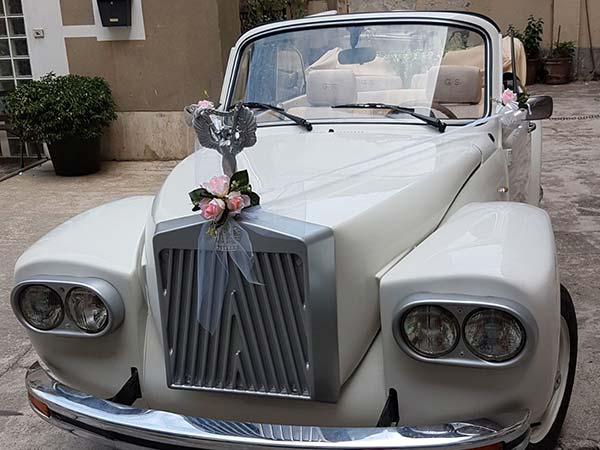 Con Gentlemen il noleggio auto per il matrimonio nei giorni feriali è scontato