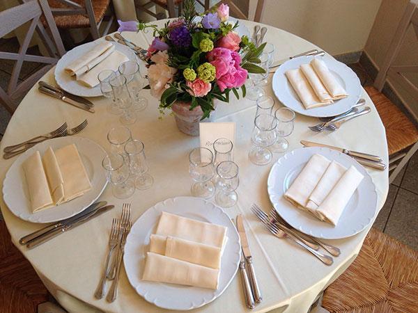 Avete molti bambini invitati alle nozze? Al Casale Le Torri vantaggiosi prezzi per il menù dei più piccoli