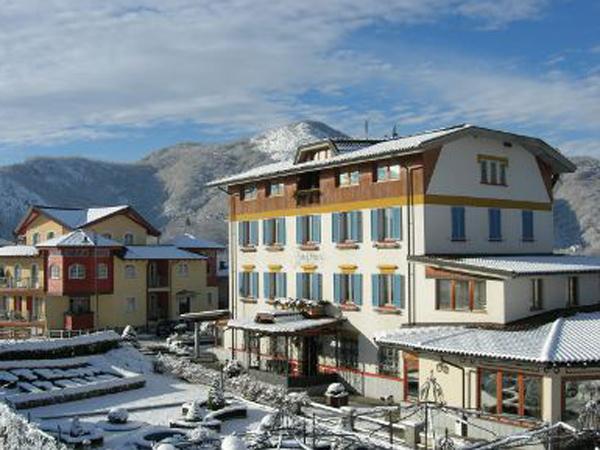 Al ristorante Berta – Hotel Italia menù nuziali nei giorni feriali e fuori stagione a partire da un prezzo vantaggioso