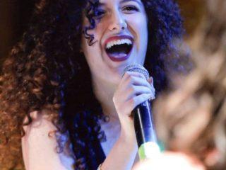' .  addslashes(Fabiola Mendolia - cantante) . '