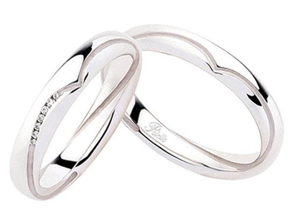 Del Vago Gioielli regala agli sposi che acquisteranno le fedi Polello una cornice d'argento
