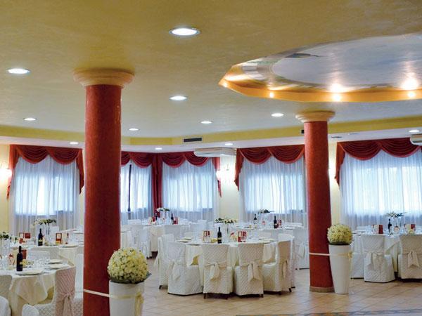 10% di sconto sui ricevimenti di nozze dal 31 ottobre al 31 marzo presso il ristorante Dei Cacciatori