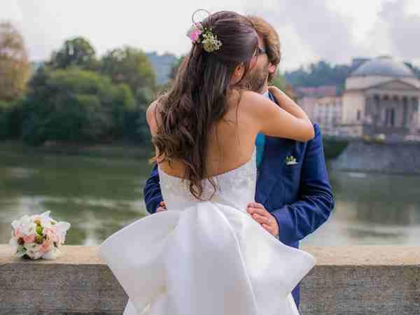 Ti sposi tra 12 mesi? Con Ideal Foto servizio prematrimoniale in omaggio e sconto