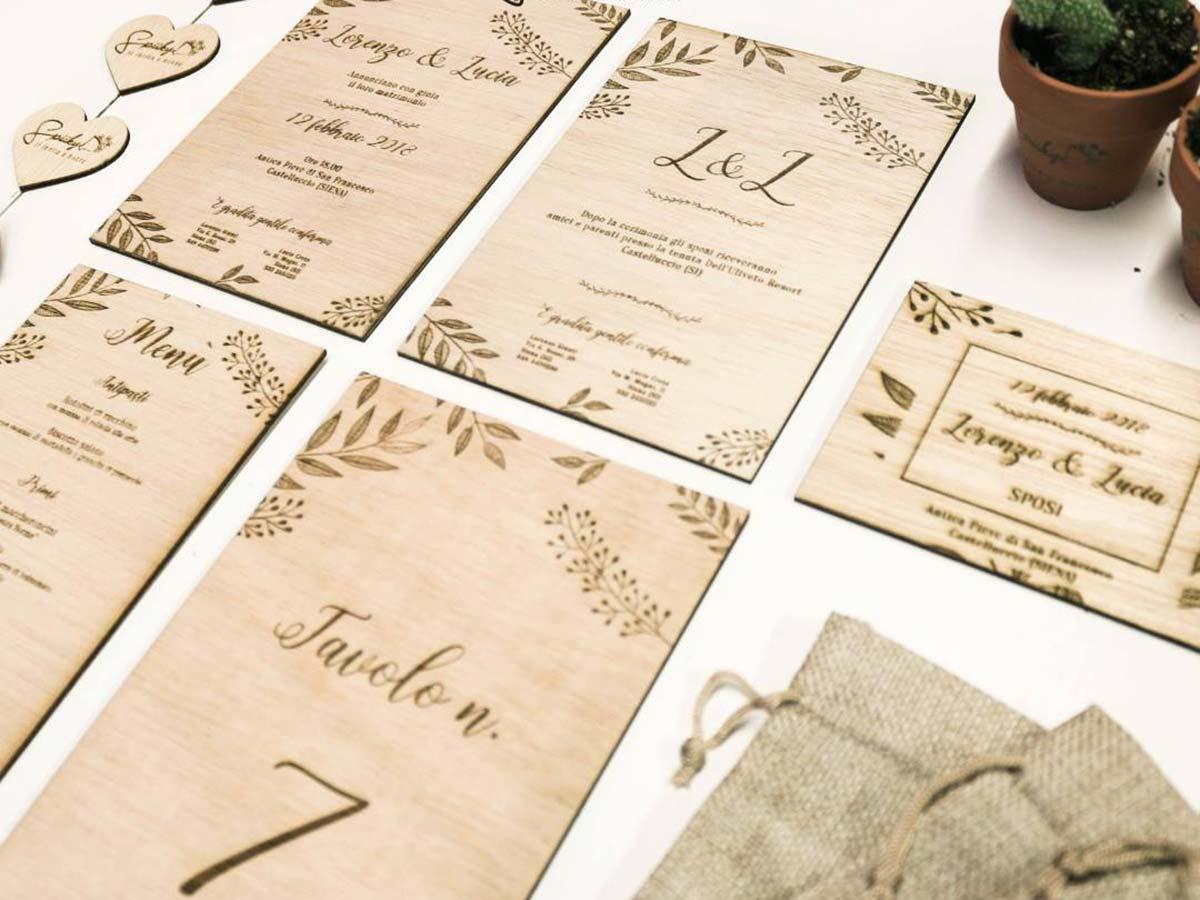 Spiiky Wedding a febbraio e marzo ti offre uno sconto sull\'incisione su legno per personalizzare le tue nozze