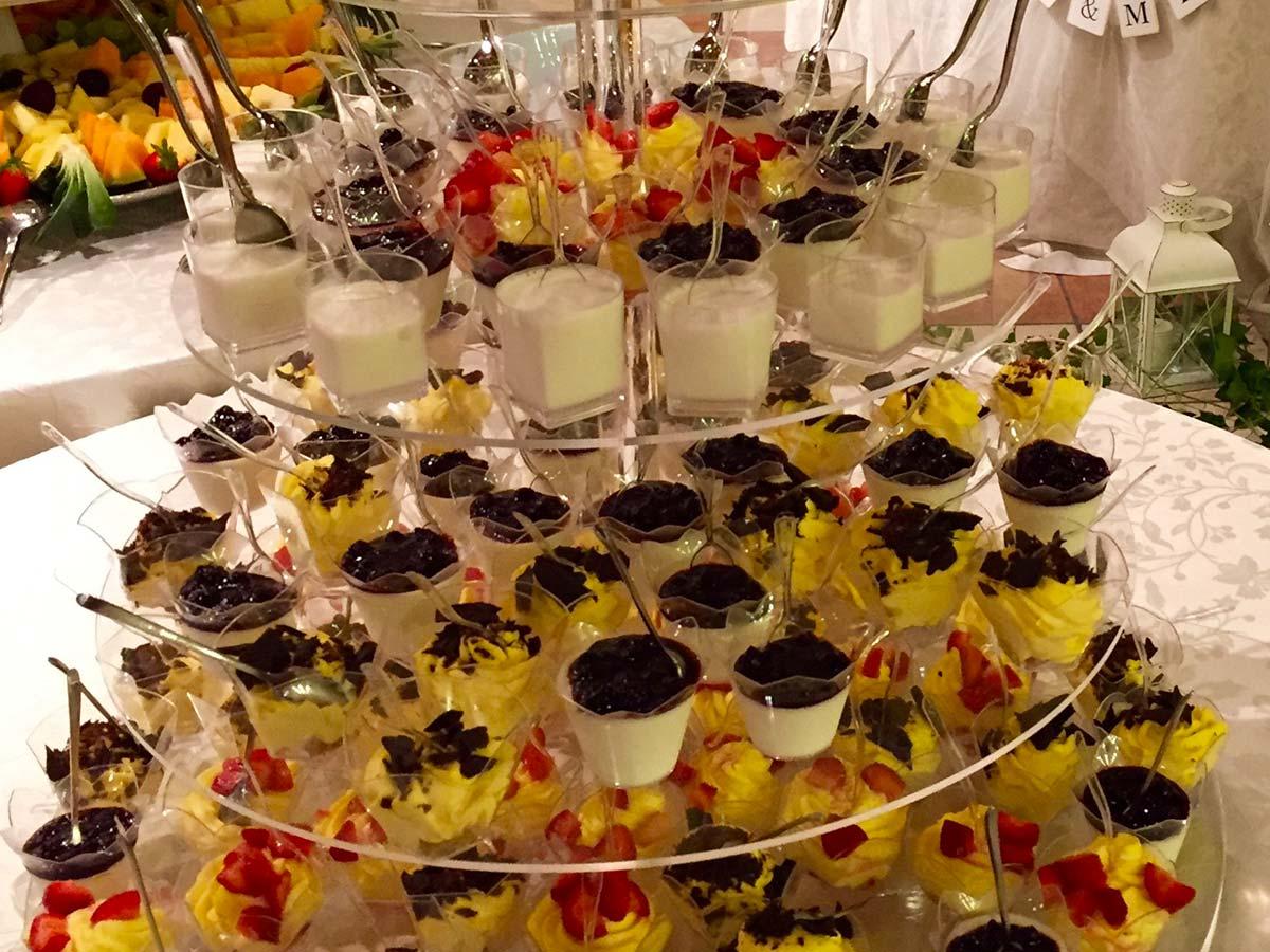 In omaggio il buffet di dolci per gli sposi che prenoteranno il loro evento a Villa Fondo Tagliata nelle date disponibili di maggio