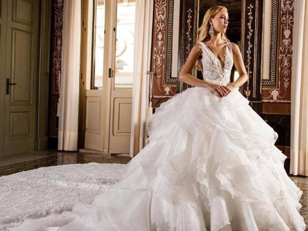 Sconto del 20% se acquisti l\'abito da sposa, sposo, cerimonia all\'atelier Le Spose di Paola