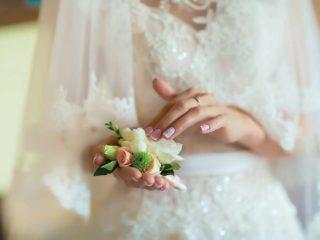 Il bouquet da sposa è mini o maxi? Chiediamolo agli esperti in creazioni con fiori per matrimoni di Torino
