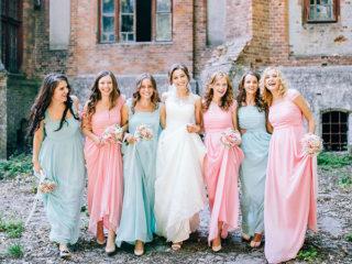 Matrimonio vintage: gli atelier di Torino consigliano abiti da cerimonia in stile rétro per le damigelle