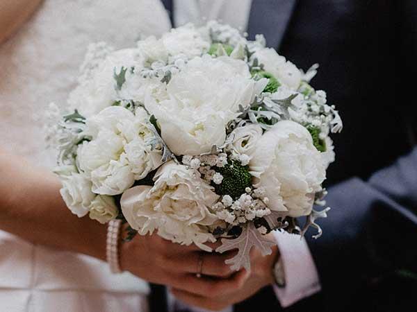 Presentandoti a nome Guidasposi da Crespo Garden potrai avere un interessante sconto sul servizio nozze
