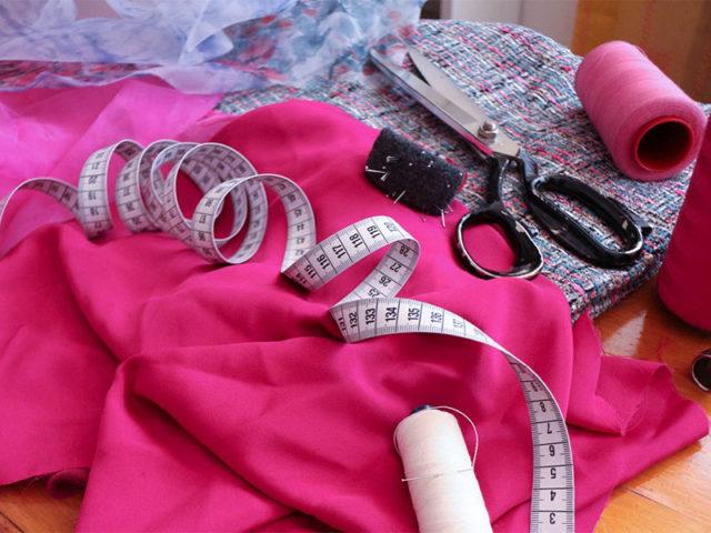 All\'atelier Marirò scegli il tuo abito da cerimonia e potrai avere gli accessori in omaggio